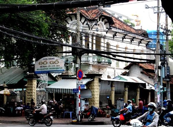 Hình ảnh 03 - Sốc ! Căn biệt thự cổ cũ nát giá 700 tỷ giữa Sài Gòn