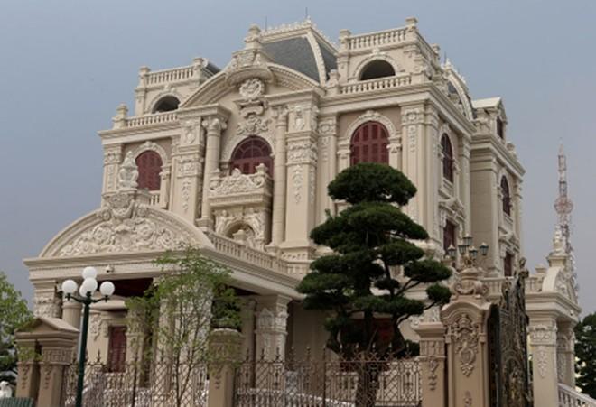 Chiêm ngưỡng 16 mẫu biệt thự cổ điển kiểu Pháp, Châu Âu đẹp đẳng cấp - Mẫu 10