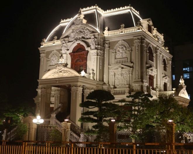 Chiêm ngưỡng 16 mẫu biệt thự cổ điển kiểu Pháp, Châu Âu đẹp đẳng cấp - Mẫu 02