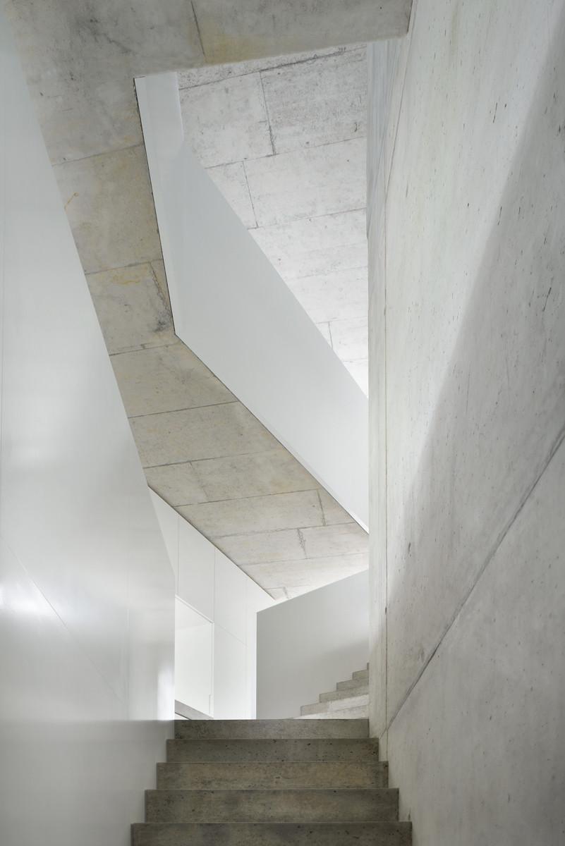 Chiêm ngưỡng mẫu nhà đẹp tối giản Duplexhouse tại Thụy Sĩ - 08