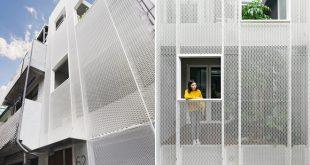 Hình ảnh kiến trúc mặt tiền - Nhà phố hiện đại 3 tầng 4x10m độc đáo với lam chắn nắng