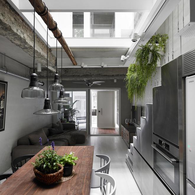 Nhà phố hiện đại 3 tầng 4x10m độc đáo với lam chắn nắng - Không gian nội thất 01