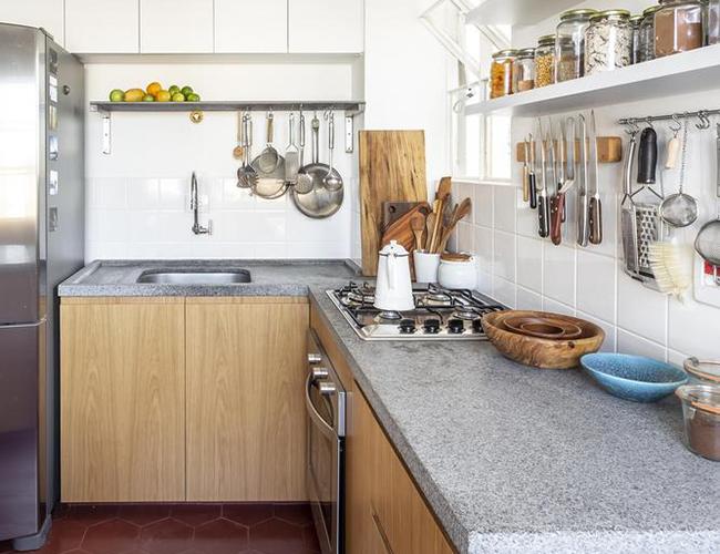 Mẫu biệt thự đẹp 2 tầng - Phòng bếp đơn giản